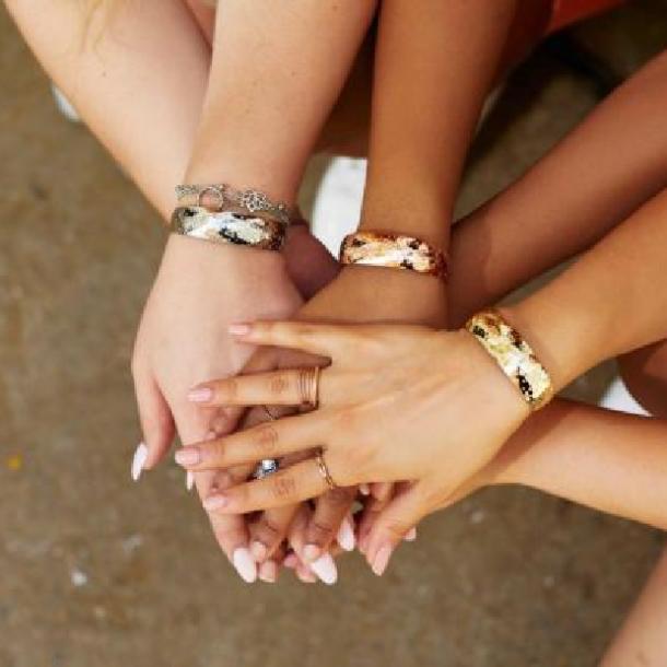 bracelets évasés