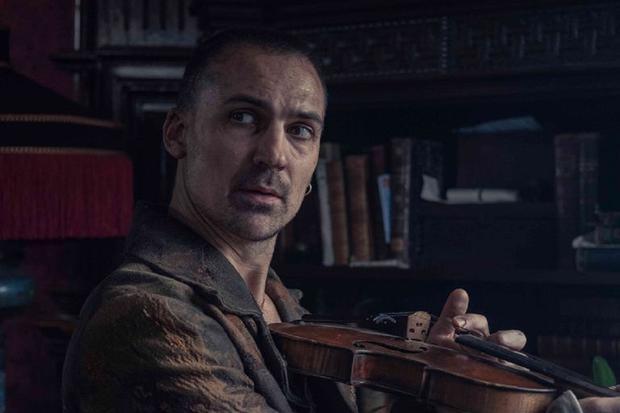 "Henry Lloyd-Hughes reprendra-t-il Sherlock Holmes dans ""The Irregular"" saison 2?  (Photo: Netflix)"