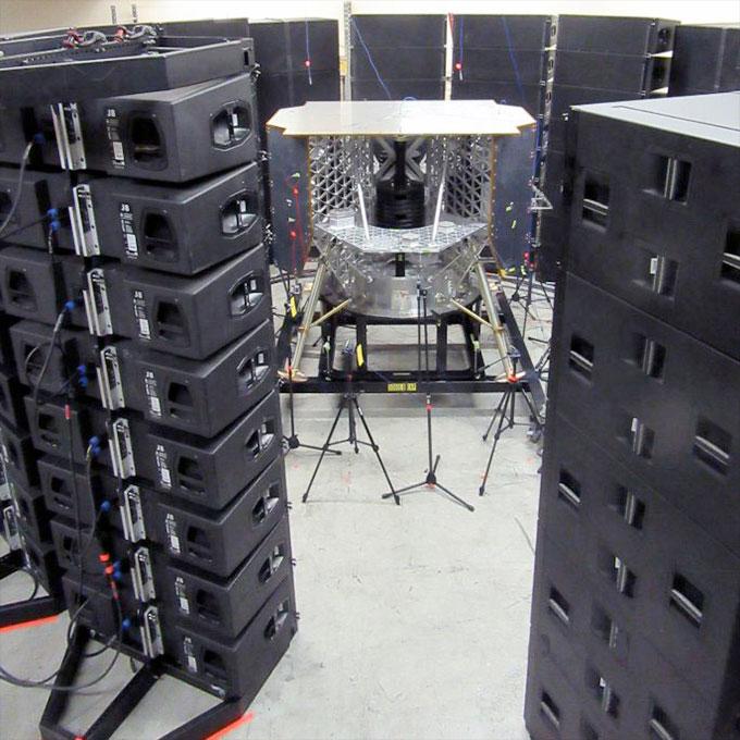 Le modèle de test structurel Peregrine d'Astrobotic, une représentation à l'échelle un à un de l'atterrisseur Peregrine Mission One (PM1), a passé les tests de qualification structurelle en septembre 2020.