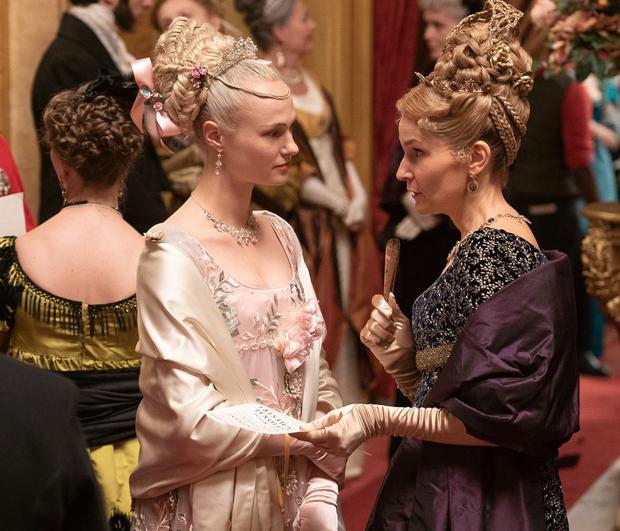 Cressida aurait joué un rôle plus dramatique si elle avait été montrée avec le collier (Photo: Netflix)