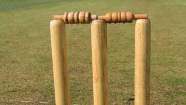 Cricket-England nomme Trescothick comme entraîneur au bâton