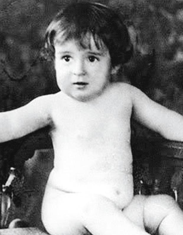 Roberto Gómez Bolaños comme un enfant.  (Photo: Archives Excelsior)