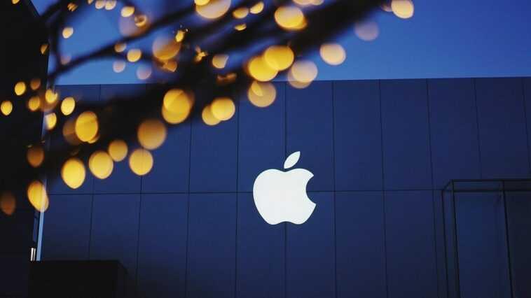 Epic Games Dépose Une Plainte Contre Apple Auprès D'un Organisme