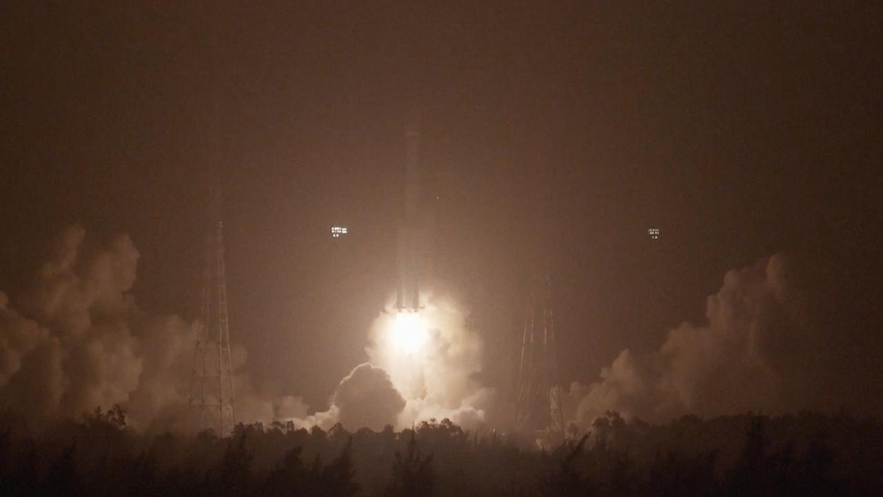 Une fusée chinoise Long March 7A décolle du centre de lancement de satellites de Wenchang le 11 mars 2021.