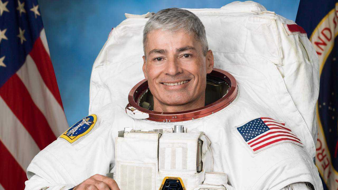 L'astronaute de la NASA Mark Vande Hei pourrait passer un an à bord de la station spatiale
