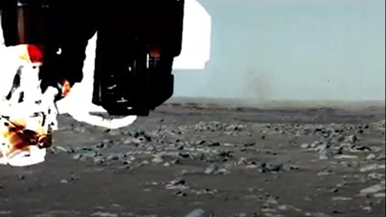 La persévérance repère le diable de poussière sur Mars.