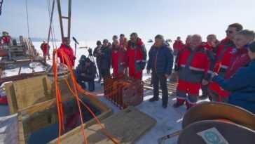 Le Télescope Sous Marin Russe Baikal Gvd Pour Explorer Les Profondeurs De