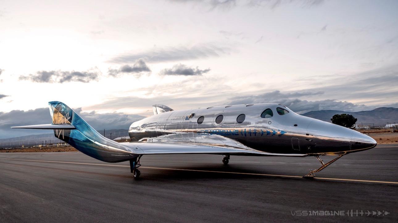 Virgin Galactic a dévoilé son premier véhicule SpaceShipThree, VSS Imagine, le 30 mars 2021.