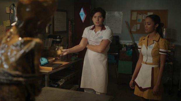 Jughead se retrouve dans un terrible mystère avec des extraterrestres (Photo: Netflix)