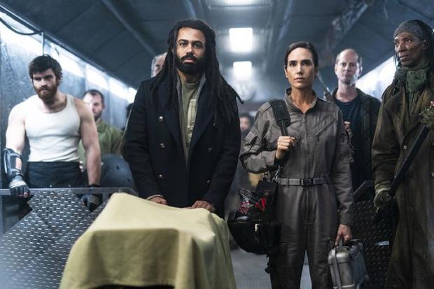 Mel et Layton aspirent à une vie en dehors du train (Photo: TNT / Netflix)