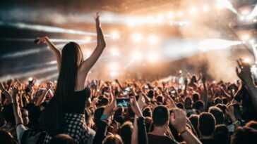 Texas Permet Aux Concerts D'être Exécutés à 100% De Sa