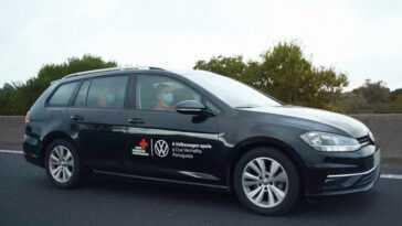 Volkswagen Cède 5 Véhicules à La Croix Rouge Portugaise