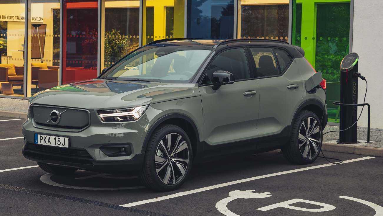 Volvo met tout en œuvre sur les voitures électriques et les ventes en ligne, pour éliminer progressivement tous les véhicules ICE d'ici 2030