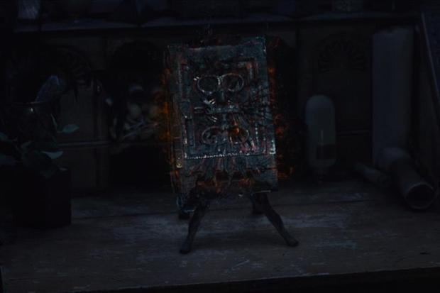 Le Darkhold était en la possession d'Agatha Harkness (Photo: Disney Plus)