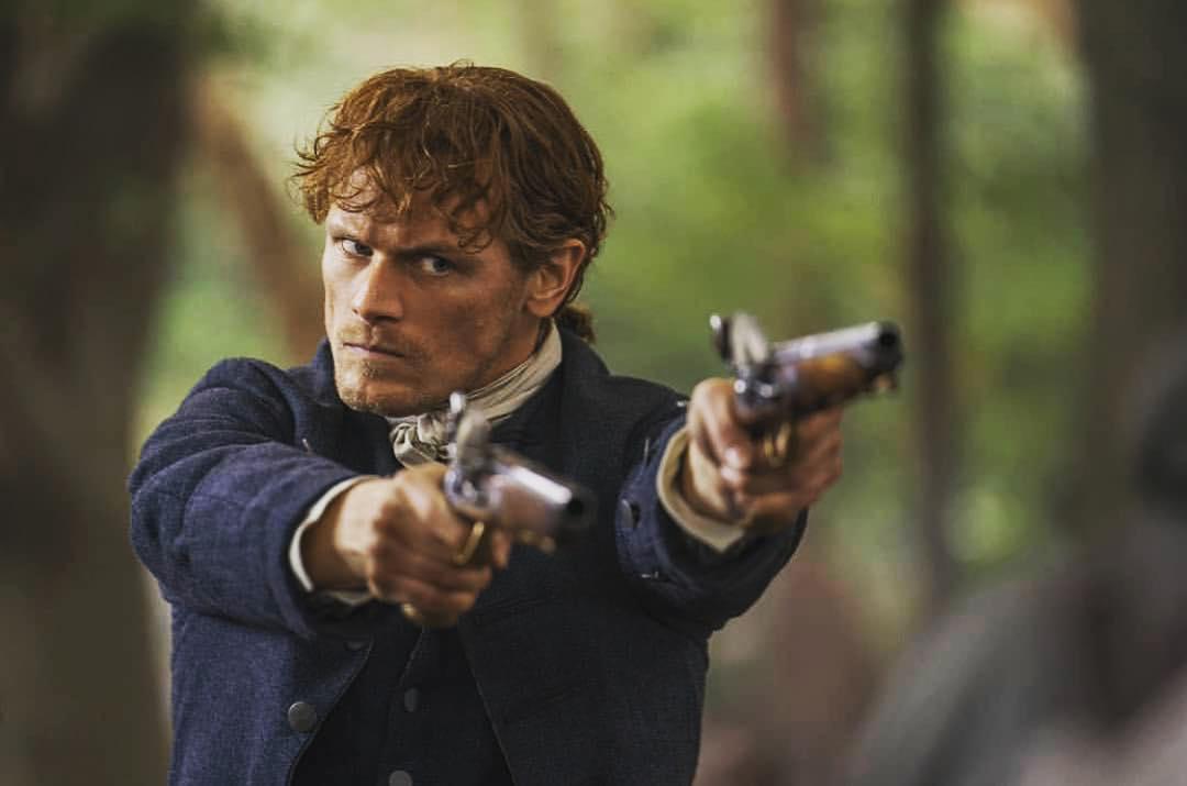 Sam Heughan donne la priorité à sa carrière.  Photo: (IMDB)