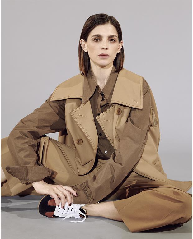 """Irene Azuela, membre du casting """"La dama de los pinos"""" (Photo: Vogue Mx)"""