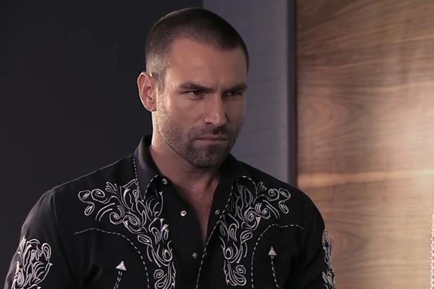"""Rafael Amaya comme Aurelio Casillas dans la saison 4 de """"Le Seigneur des Cieux"""".  (Photo: Telemundo)"""