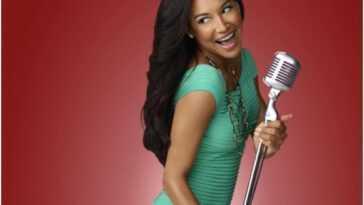 La distribution de 'Glee' rend un hommage touchant à Naya Rivera