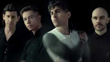 AFI partage deux nouvelles chansons, dont une co-écrite par Billy Corgan