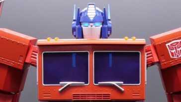 Ils lancent un nouvel Optimus Prime qui peut se transformer