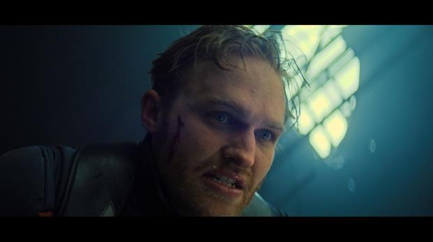 John Walker (Wyatt Russell) dans l