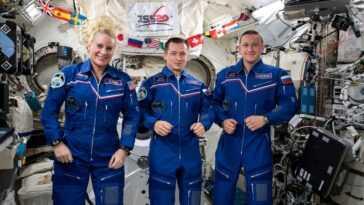 Vous Pouvez Regarder Un Astronaute De La Nasa Et 2