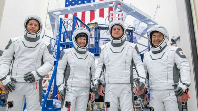 La Mission Crew 2 De Spacex Vers La Station Spatiale Internationale