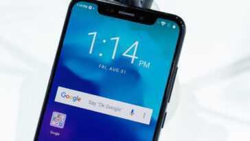 Les Smartphones Avec Caméras Sous L'écran Seront Bientôt De Série?