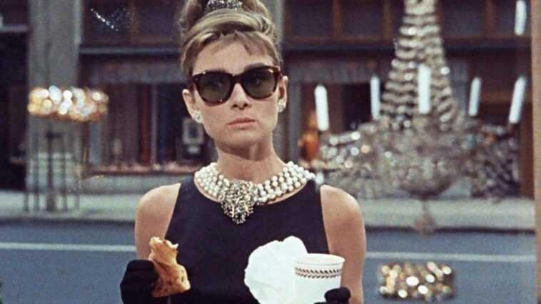 Audrey Hepburn a une nouvelle série télévisée en développement