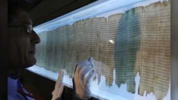 Un Mystérieux Deuxième écrivain De Dead Sea Scroll Découvert Par