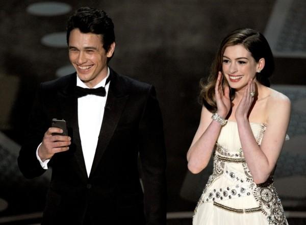 James Franco et Anne Hathaway lors de la présentation des Oscars.  Photo: (Getty)