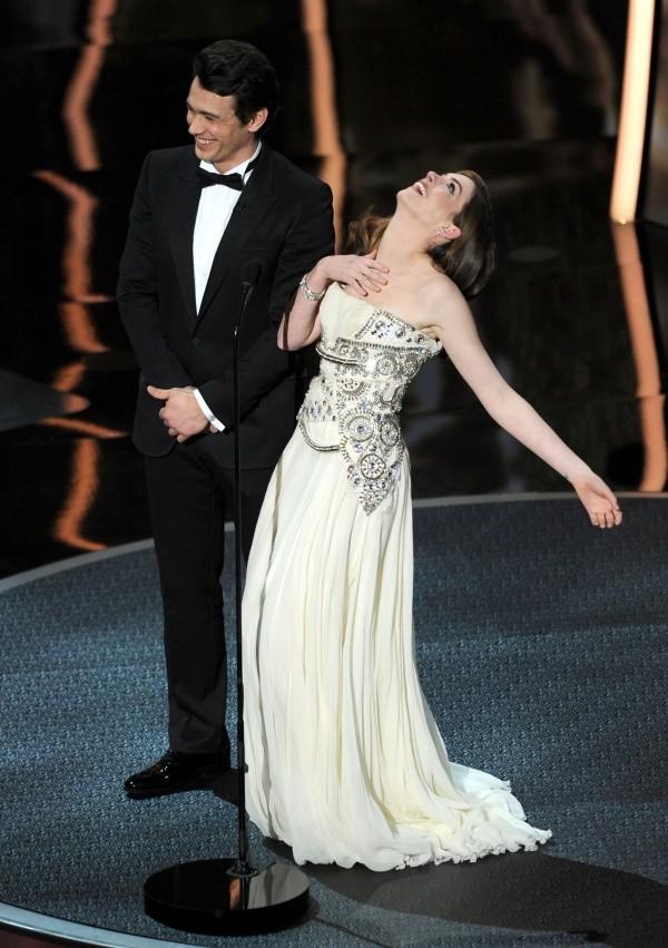 James Franco et Anne Hathaway ont ruiné les Oscars 2011. Photo: (Getty)
