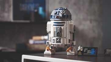 R2-D2 présente son propre modèle LEGO commémoratif