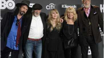 Fleetwood Mac va `` dire au revoir gracieusement '', selon le fondateur
