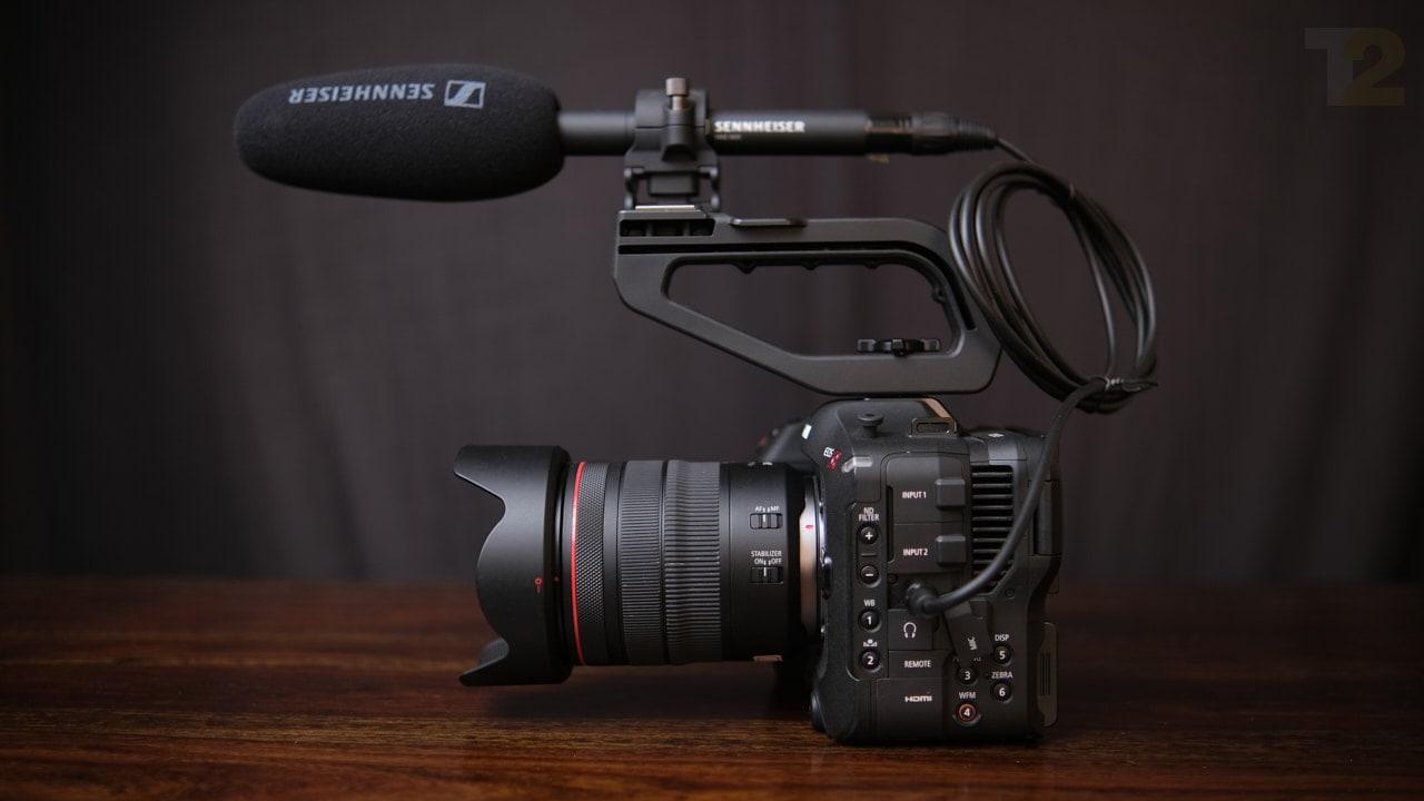 Le Canon C70 est l'un des appareils photo les plus puissants que j'ai jamais utilisés, et même s'il coûte autant qu'une petite voiture, je dirais qu'il vaut chaque roupie.  Image: Anirudh Regidi