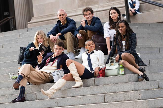 La nouvelle Gossip Girl sur les marches de l'emblématique Met