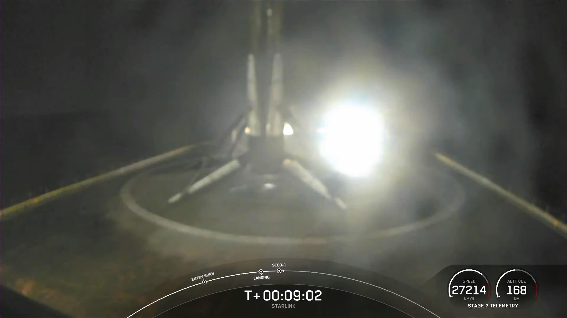Le booster Falcon 9 a coincé un atterrissage sur le drone