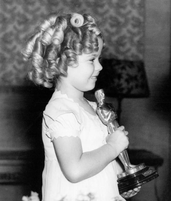 Shirley Temple avec son Oscar.