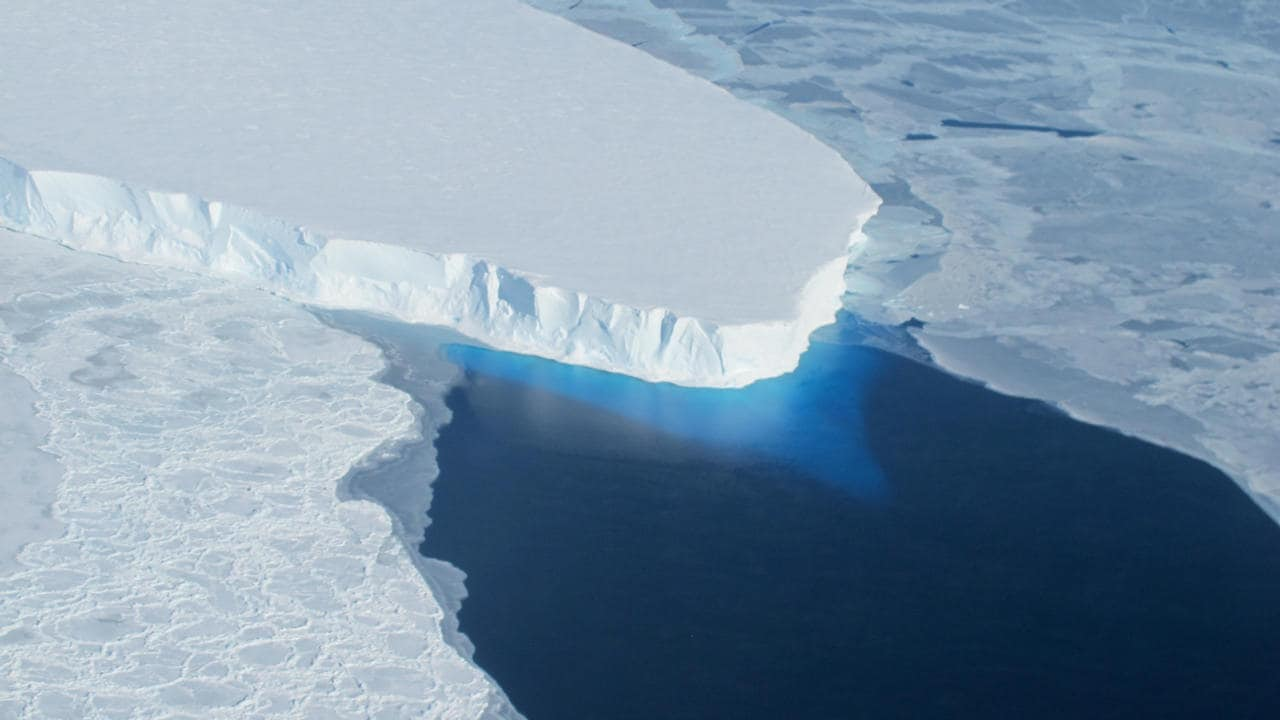 99 pour cent de la couche supérieure du pergélisol fondra.  crédit d'image: NASA