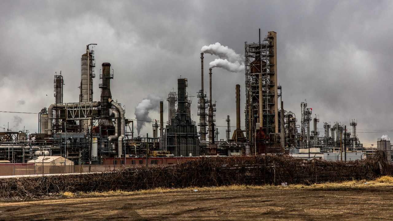 La Chine est le plus gros pollueur du monde et émet un tiers des gaz à effet de serre dans le monde.