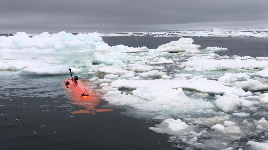 Le sous-marin sans pilote a plongé sous le glacier Antarctique de Thwaites.