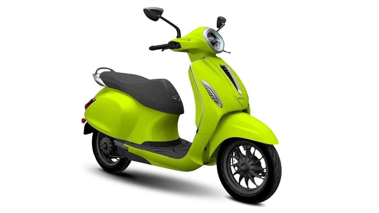 Le prix de Bajaj Chetak a augmenté à Rs 1,43 lakh, les réservations pour le scooter électrique ont de nouveau été fermées
