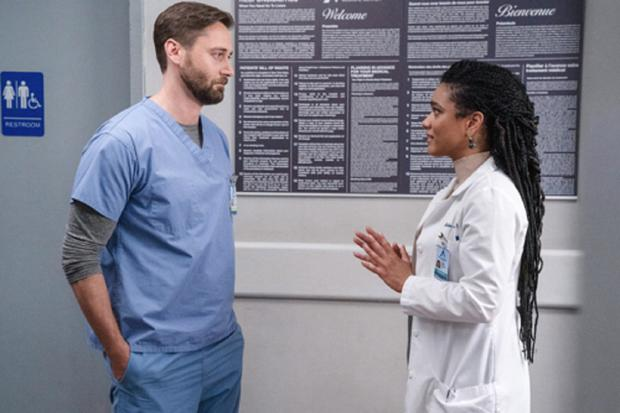 Helen explique à Max tout ce qu'il fait de mal (Photo: NBC)