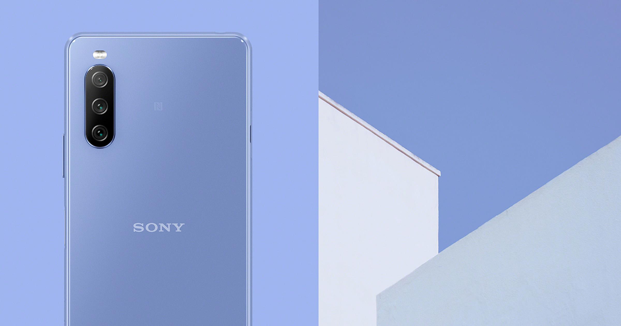 Le Sony Xperia 10 III en bleu