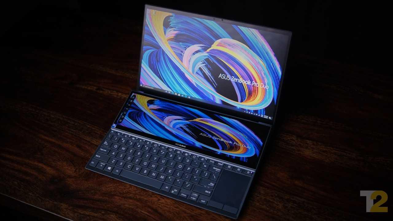 Le ZenBook Pro Duo dispose d'un écran secondaire mi-hauteur qui promet de transformer votre expérience informatique.  Malheureusement, avec une configuration qui n'a pas le grognement pour effectuer une transformation, il est difficile de voir l'intérêt de cet affichage.  Image: Anirudh Regidi