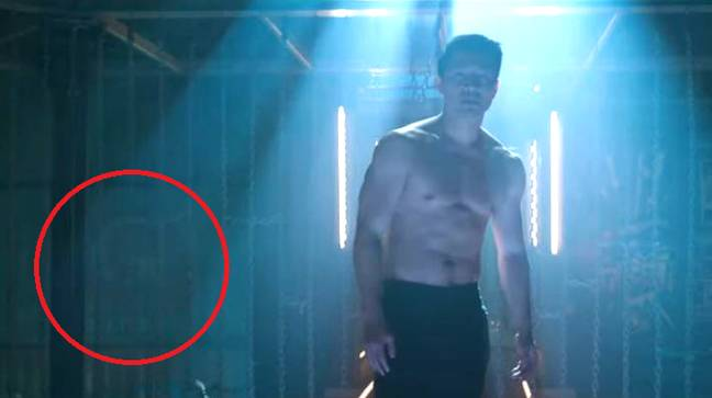 Les fans de Marvel repèrent un indice potentiel de croisement de Captain America dans la nouvelle bande-annonce de Shang-Chi.  Crédit: Marvel