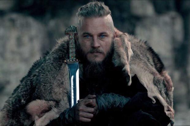 Travis Fimmel joue Ragnar Lothbrok, l'un des héros nordiques légendaires les plus connus et notoire comme le fléau de l'Angleterre et de la France (Photo: History Channel)