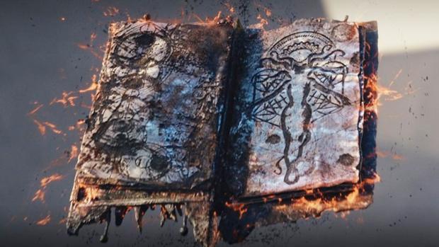 Darkhold, le livre est fait de matière noire de la dimension de l'enfer.  (Photo: Marvel)