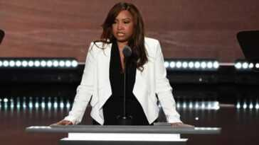 Lynne Patton 2.jpg