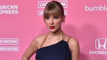 Taylor Swift 15.jpg
